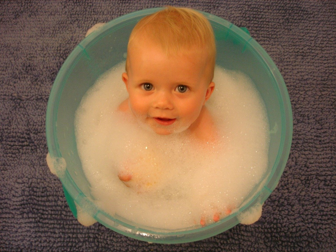 baby-in-a-bucket-water-quality.jpg